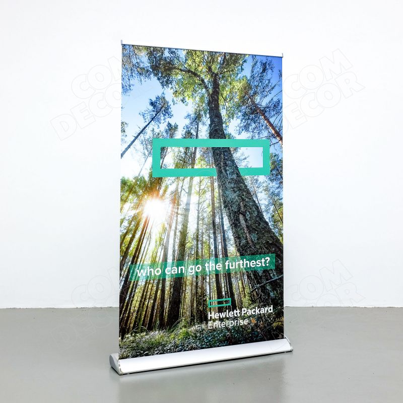 Roll up stand